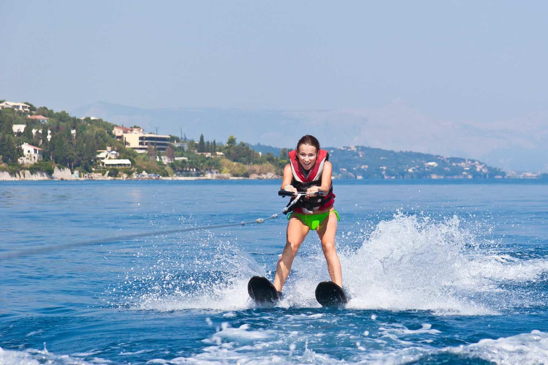 Wasserskifahren in Costa Rica