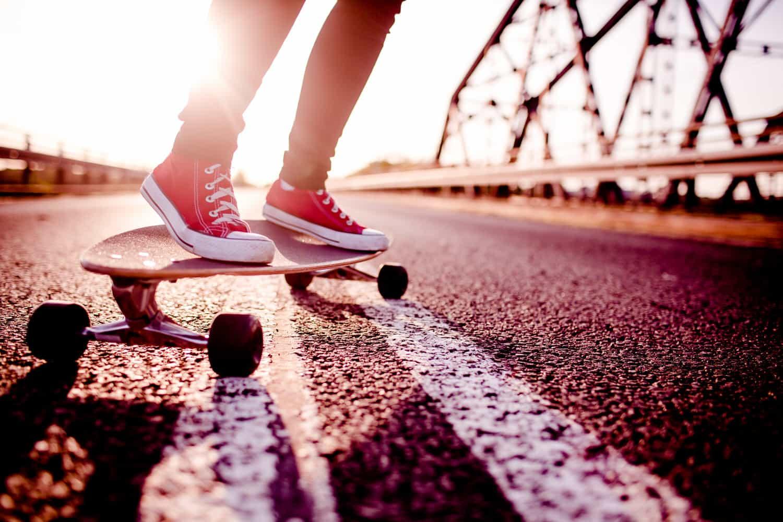 Greenskate – Skater auf dem Longboard