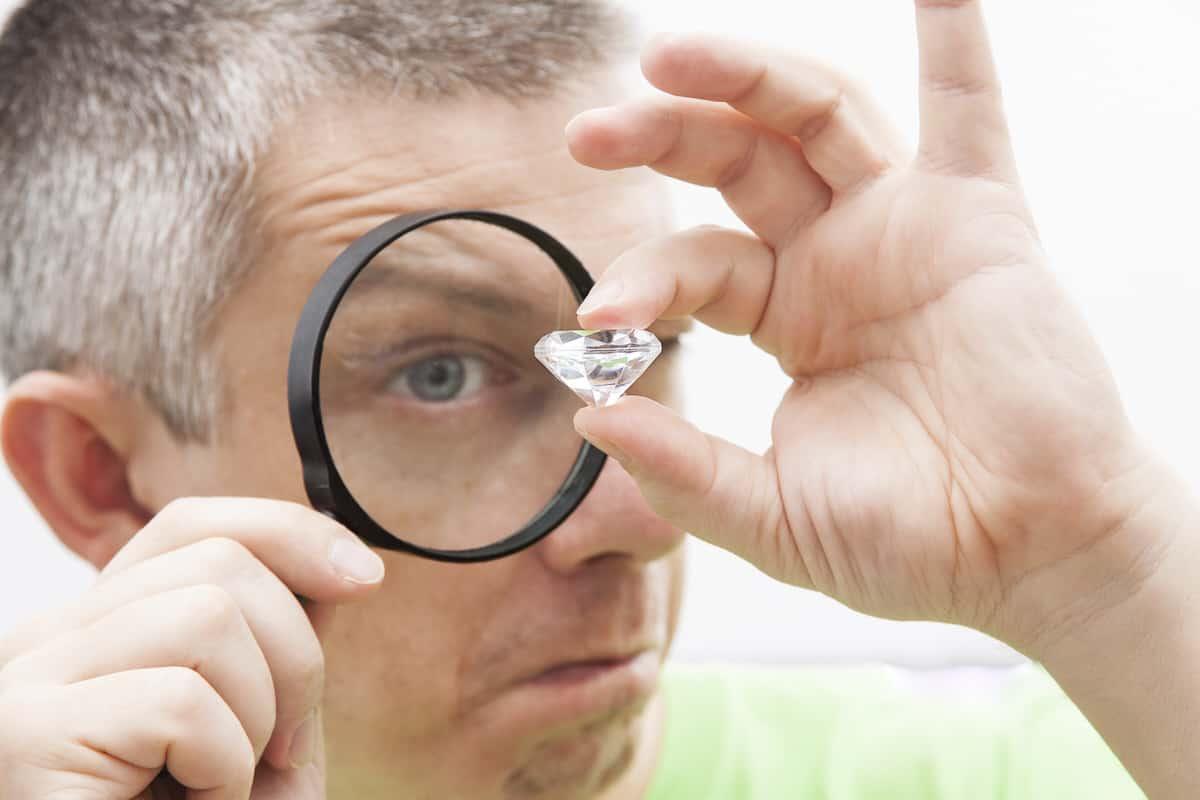 Was ist der Unterschied zwischen Diamanten und Brillanten?