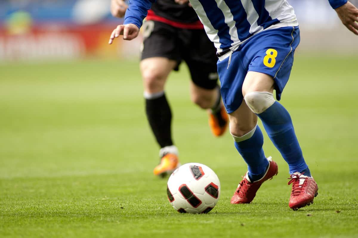Wie werden die Laufwege von Fußballprofis ermittelt?
