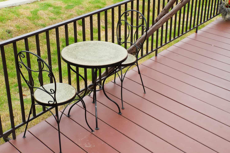 Ein Gartentisch für Ihren Außenbereich