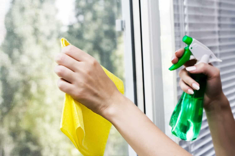 Fenster putzen ohne Schlieren