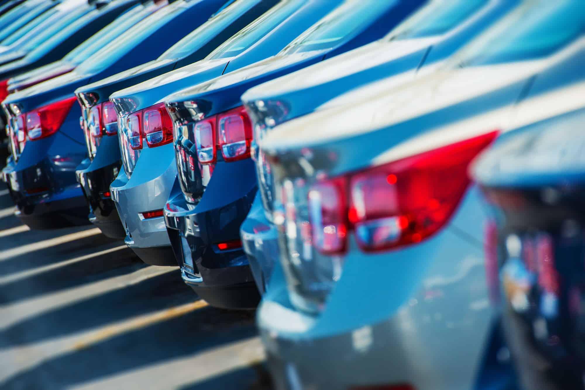 """Folgen von """"Diesel-Gate"""" in 2015: Absatzeinbußen, neue Regelungen und Hype für Elektroautos?"""